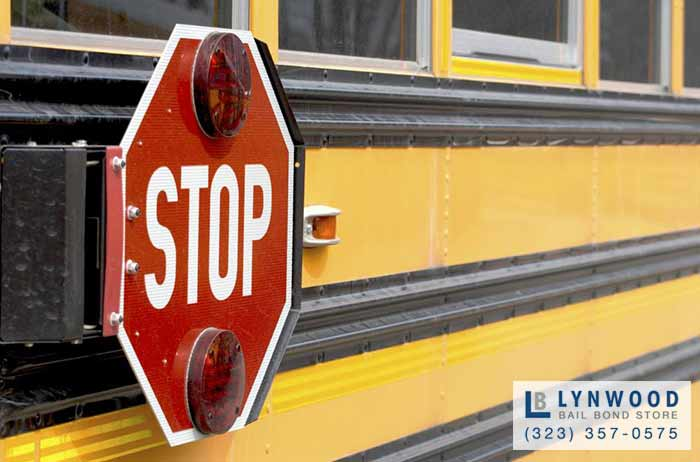 California Drivers Have to Stop for School Buses